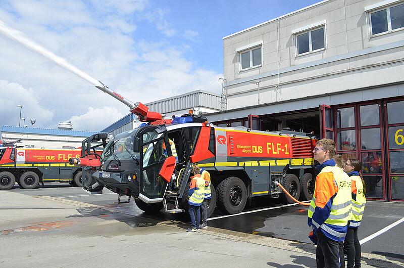 Jugendfeuerwehr Der Freiwilligen Feuerwehr Werne Besichtigt Den